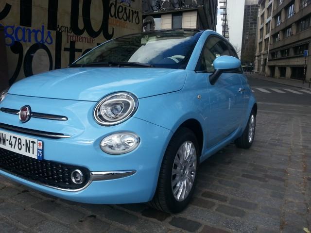 Fiat 500 bleu ciel